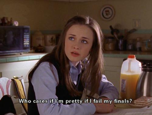 Gilmore-Girls-Rory-Finals-Pretty